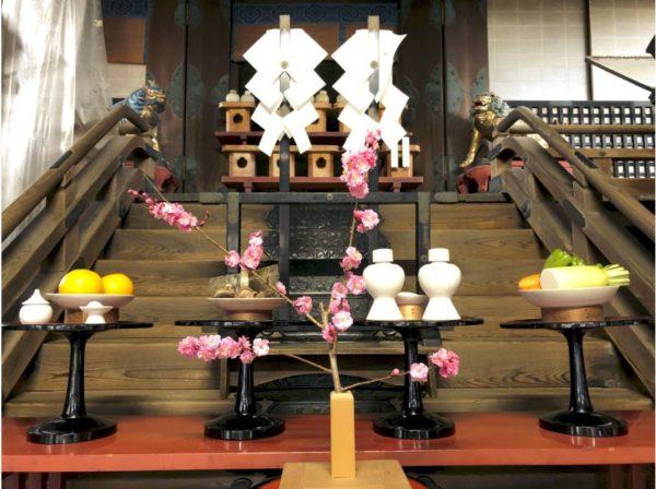 梅和祭祭壇