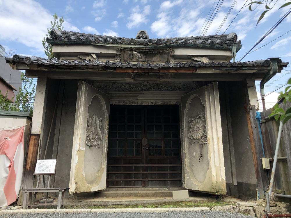 神輿庫(土蔵)